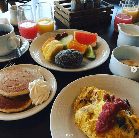 オアフ島のワンハンドレッドセイルズレストラン