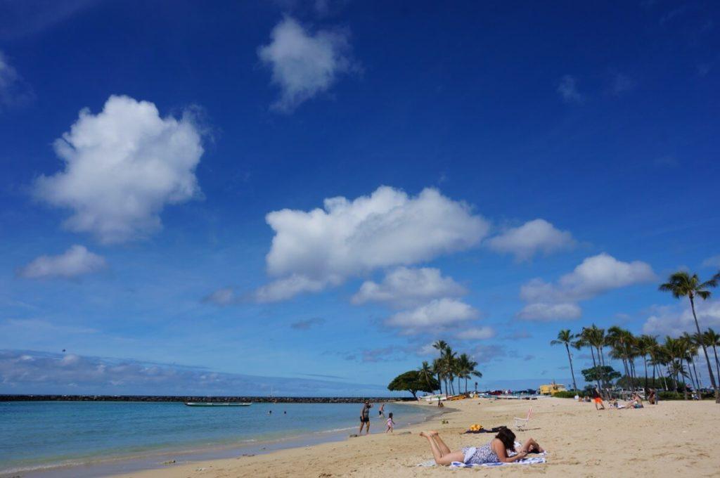 ハワイアンビレッジ_ビーチ