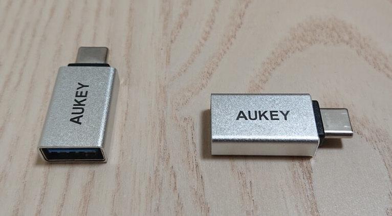 USB-CとUSB-Aの変換器