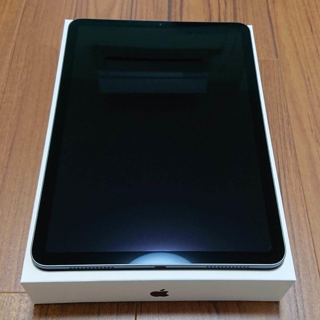 iPad Air4 保護フィルム使用前
